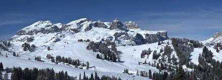 Vista del grupo de Sella, Alta Badia - dolomías Foto de archivo libre de regalías