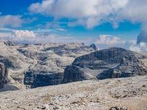 Vista del gruppo in dolomia, Italia di Sella fotografie stock