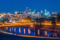 Vista del horizonte de Kansas City en Missouri fotos de archivo
