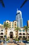 Vista del hotel céntrico de la dirección en Dubai Imagen de archivo