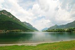 Vista del idro di lago d del lago, Italia Immagine Stock