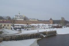 Vista del Kremlin del río Imágenes de archivo libres de regalías