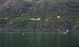 Vista del lago Bourget di Aix-les-Bains, in alpi francesi, la Francia, 0 Fotografia Stock Libera da Diritti