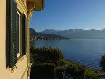 Vista del lago Como Fotografie Stock Libere da Diritti