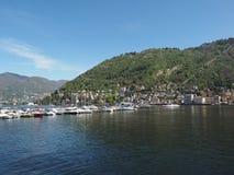 Vista del lago Como Imagen de archivo libre de regalías