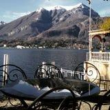 Vista del lago Como, Italia Foto de archivo libre de regalías