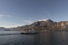 Vista del lago Como, Italia Foto de archivo