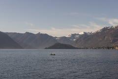 Vista del lago Como, Italia Imagen de archivo libre de regalías