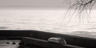 Vista del lago del amarre Imagenes de archivo