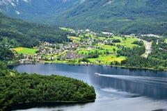 Vista del lago di Hallstatt Immagini Stock