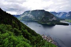 Vista del lago di Hallstatt Fotografie Stock Libere da Diritti