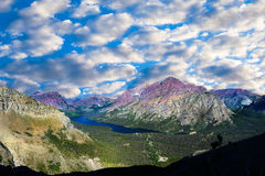 Vista del lago due medicine Fotografie Stock