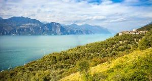 Vista del lago Garda Fotografía de archivo libre de regalías