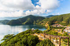 Vista del lago Lugu Immagine Stock Libera da Diritti