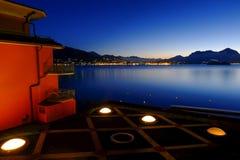 Vista del lago Maggiore fotos de archivo libres de regalías