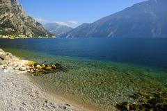 Vista del lago mountain, aria fresca Immagini Stock Libere da Diritti