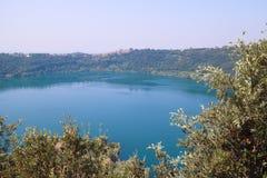 Vista del lago Nemi Fotografie Stock