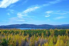 Vista del lago septentrional ontario durante la caída, llevada de Fotos de archivo