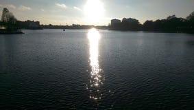 Vista del lago sunset Immagini Stock