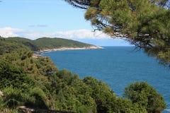 Vista del mar adriático Imágenes de archivo libres de regalías