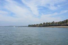 Vista del Mar Arábigo en la playa del sur de Goa Imágenes de archivo libres de regalías