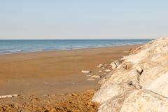 Vista del mar de la orilla foto de archivo libre de regalías