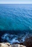 Vista del Mar Mediterraneo   Fotografie Stock Libere da Diritti