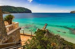 Vista del mare alla baia del campo de marzo su Mallorca, Spagna fotografia stock libera da diritti