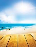 Vista del mare con la piattaforma Fotografia Stock Libera da Diritti