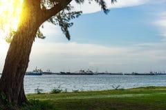 Vista del mare dal parco della costa Est, Singapore Fotografie Stock