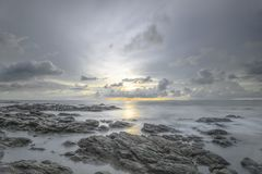 Vista del mare dall'isola di Lanta, provincia di Krabi, Tailandia fotografia stock libera da diritti
