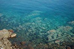 Vista del mare dalla costa Immagini Stock
