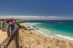 Vista del mare dalla grande strada dell'oceano in Australia fotografie stock libere da diritti