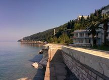 Vista del mare in vecchio Gagra, Abkhazia fotografia stock libera da diritti