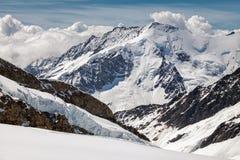 Vista del massiccio di Eiger, di Monch e di Jungfrau, alpi svizzere, Svizzera, Europa Fotografia Stock