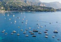 Vista del Monaco e di molti yacht Fotografia Stock