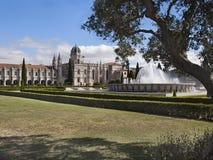 Vista del monastero di Jeronimos a Lisbona immagini stock