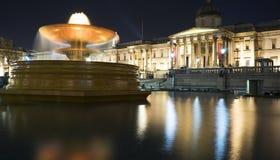 Vista del National Gallery, Londra di notte Fotografie Stock Libere da Diritti