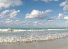 Vista del océano Costa atlántica de Cuba Fotografía de archivo