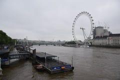 Vista del ojo de Londres imagen de archivo libre de regalías