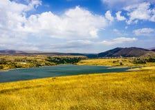 Vista del paesaggio del bacino idrico di Kechut immagini stock