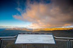 Vista del paesaggio del parco nazionale blu delle montagne Fotografia Stock