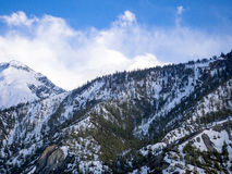 Vista del paesaggio della montagna della neve Immagini Stock