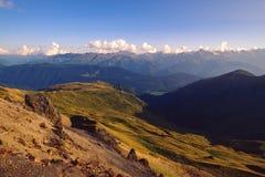 Vista del paesaggio della montagna nel parco nazionale di Svaneti, Georgia Immagine Stock Libera da Diritti
