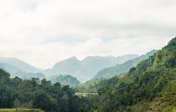 Vista del paesaggio delle montagne Fotografia Stock