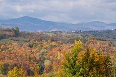 Vista del paesaggio di autunno in Romania Immagini Stock Libere da Diritti