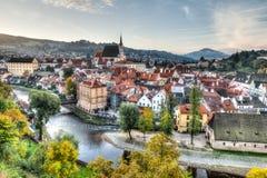 Vista del paesaggio di Cesky Krumlov in repubblica Ceca fotografia stock libera da diritti