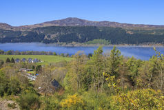 Vista del paesaggio di Loch Ness. Fotografie Stock Libere da Diritti