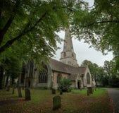 Vista del paesaggio di una chiesa inglese Immagini Stock