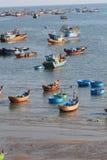 Vista del paesino di pescatori di Mui Ne Immagini Stock